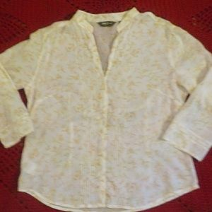 Eddie Bauer sheer top size M